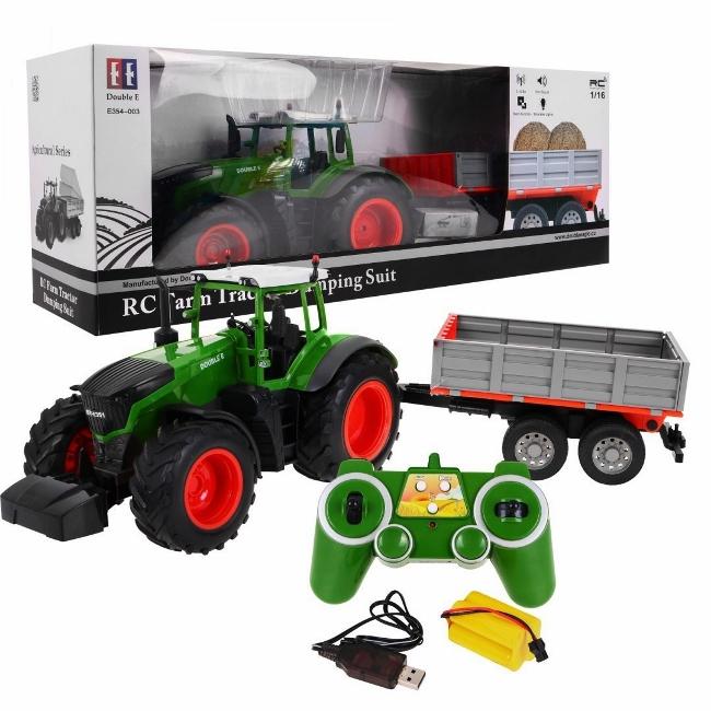 duży traktor sterowany